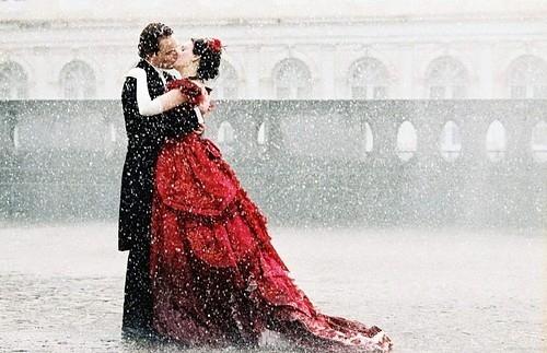 art-beautiful-colorcontrasts-couple-female-kiss-favim-com-40310