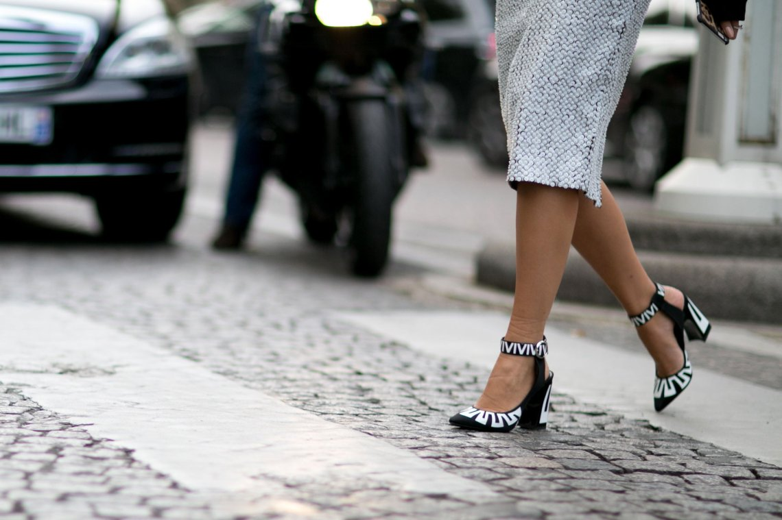 never-wear-heels-too-high-walk