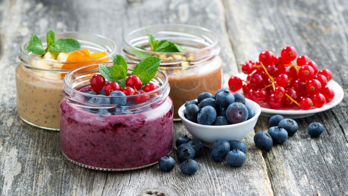 berries_smoothies_blueberries_currants_107543_1920x1080.jpg