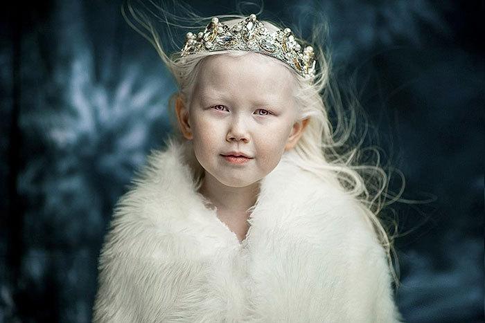 albino-girl-snow-white-nariyana-siberia-15