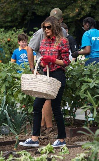 Melania-Trump-Balmain-Gardening-Shirt65