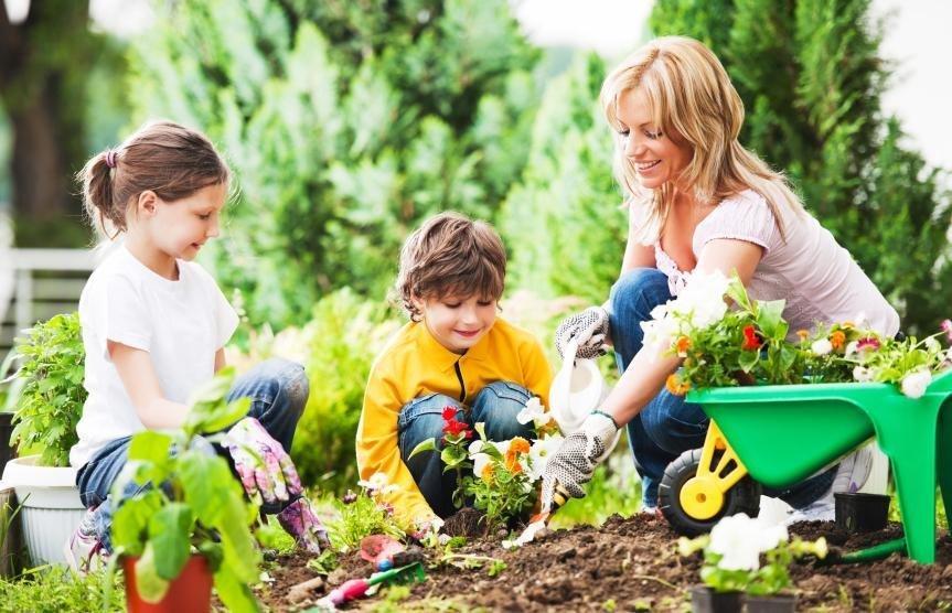 gardening-with-kids-863x556