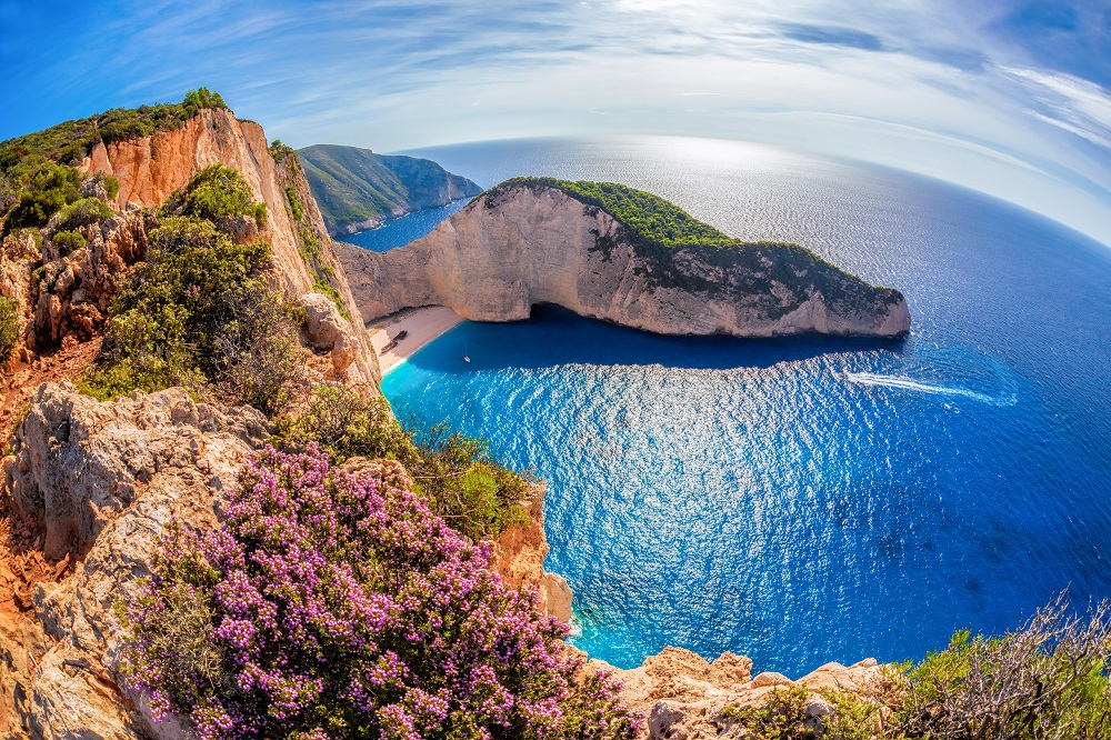 Plaja-Navagio-Zakynthos-foto-Samot