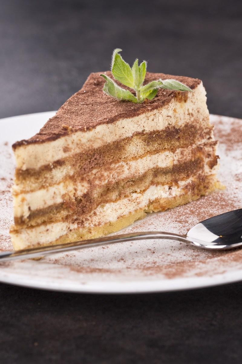 tiramisu-layer-cake_18521