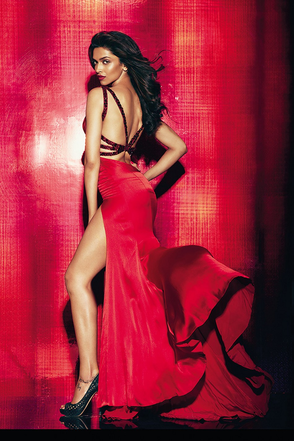 Deepika Padukone Maxim and Vogue Hot Photoshoot HD Stills Photos Images