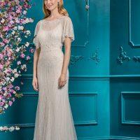 Participi La O Nuntă Care Impune Un Dress Code?