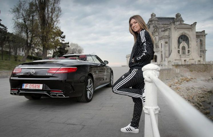simona-halep-mercedes-amg-s63-4matic-cabriolet-0