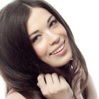 Beauty | Cum să scapi de mătreață. Opt Trucuri La Îndemâna Oricui!